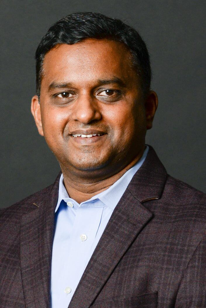 Upen Varanasi, Co-fondateur et PDG